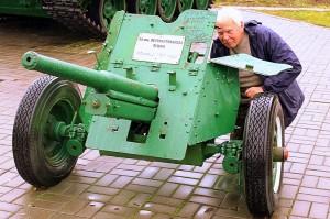 Открытая экспозиция военной техники в Осиповичах
