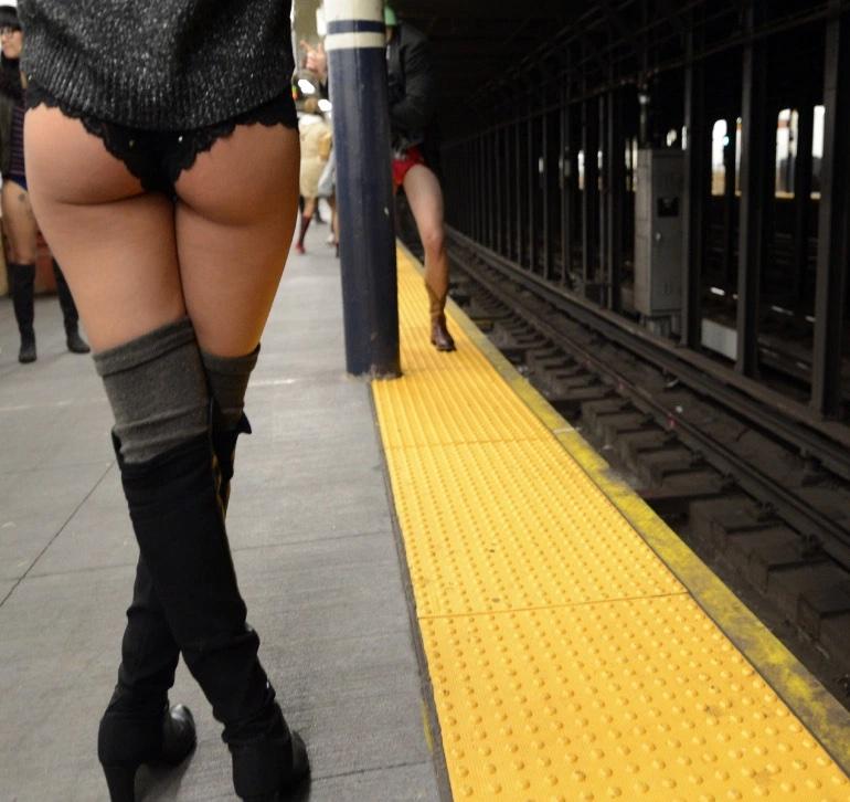 русские девчонки без штанов установки