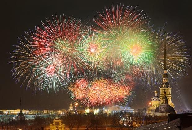 saint-petersburg-nye-fireworks